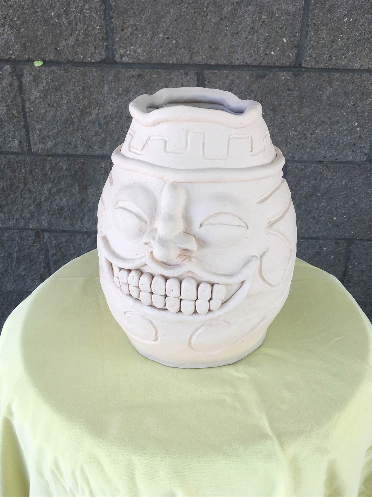 Facecoil Pot Ceramic